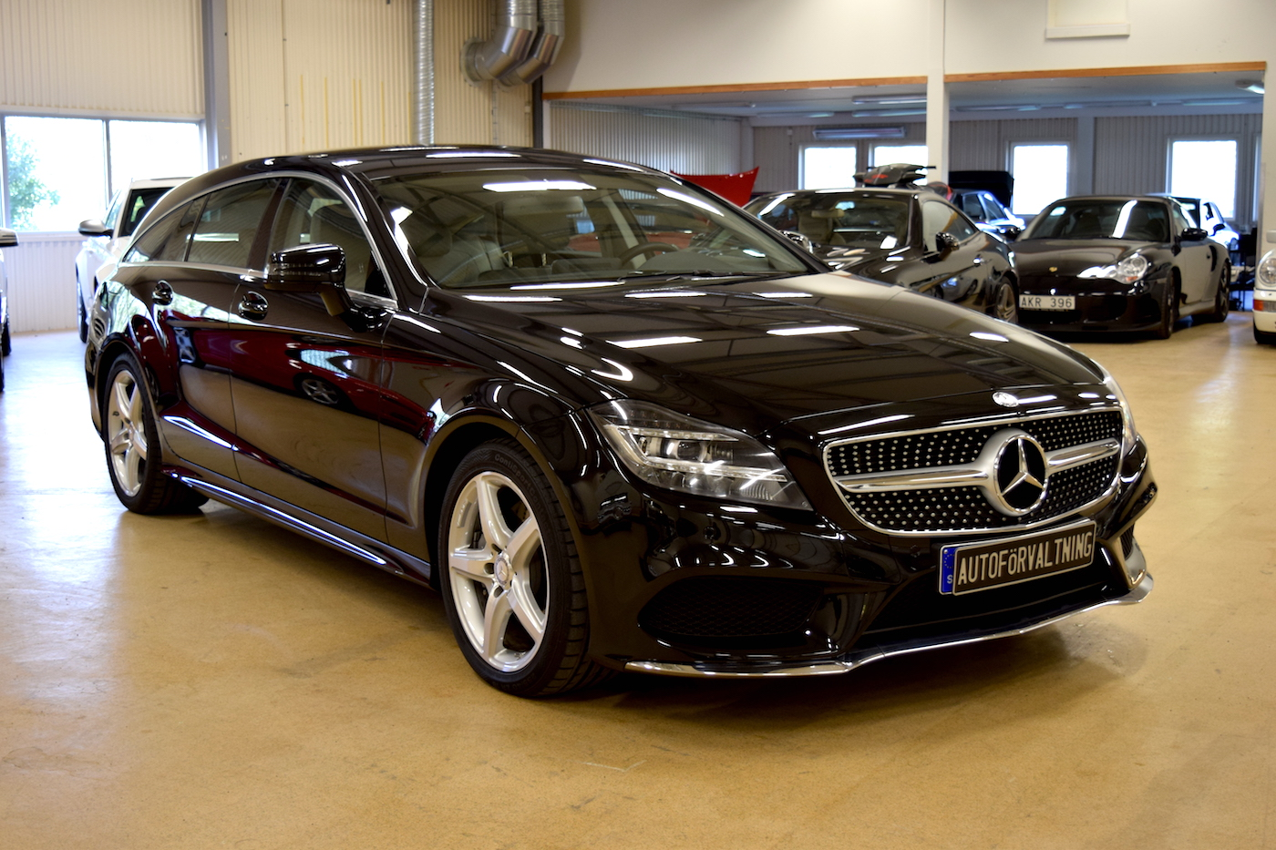 mercedes benz cls 350 cdi 4 matic 2015 autorema. Black Bedroom Furniture Sets. Home Design Ideas